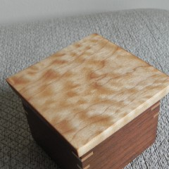 Quilted Maple lid